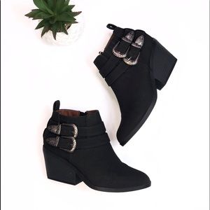 Boho Qupid Bucked Accented Booties Size 6